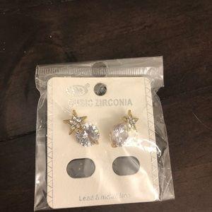 Jewelry - Cubic zirconia earrings